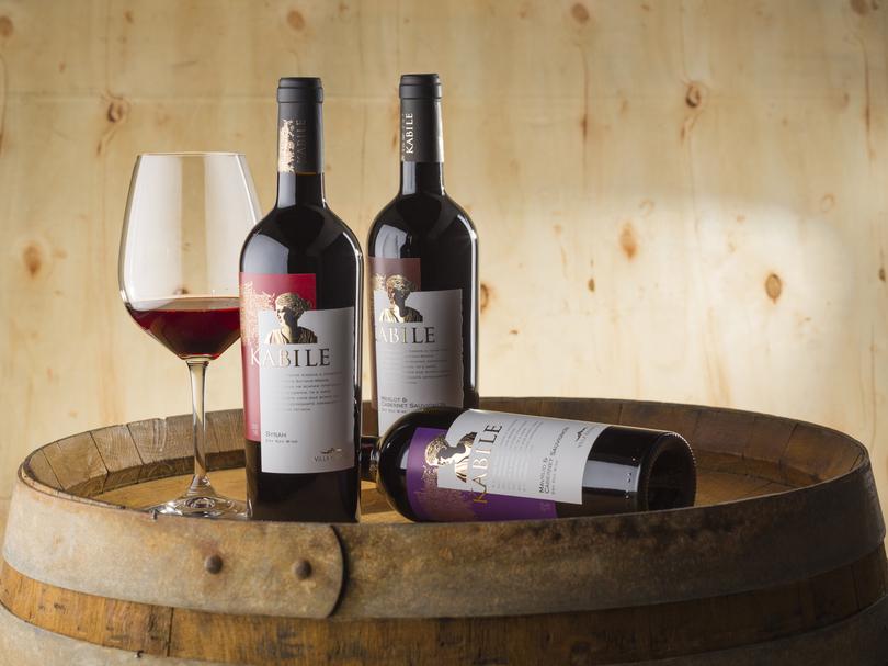 """""""Вилла Ямбол"""" дополнила серию KABILE вином аристократического сорта Сира"""
