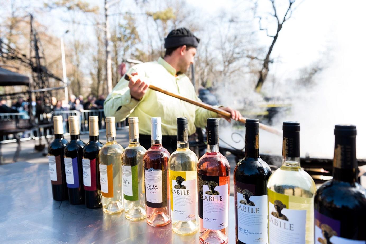 Най-големият Празник на виното в Южна България събра рекорден брой публика – над 10 000 души